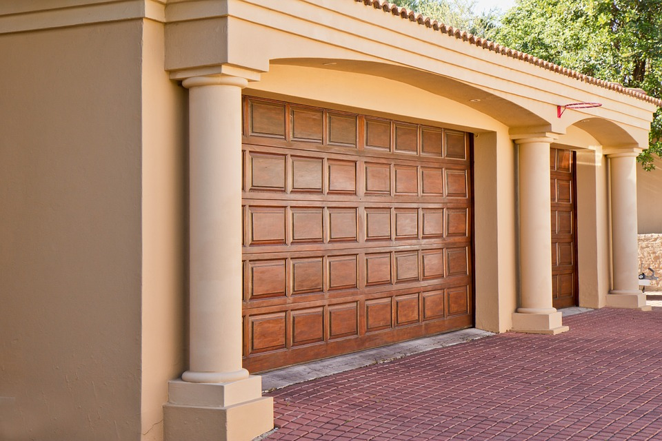 Repair Your Garage Door Via Getting Professional Assistance